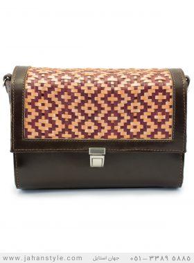 کیف دوشی طرح بافتنی چرم طبیعی قهوه ای