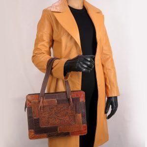 کیف چرم قلم زنی مدل چهل تکه